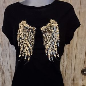 NWOT CBG GUESS XL BLACK TOP W/GOLD ANGEL WINGS